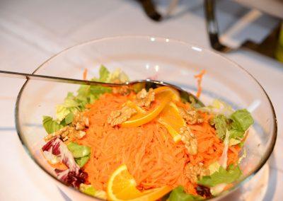 Salat am Buffet der Hofschenke