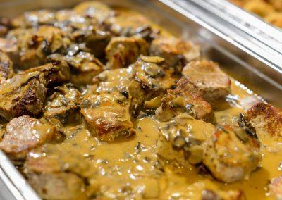 Fleisch mit Soße