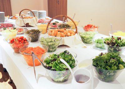 Salat-Buffet einer Veranstaltung der Hofschenke